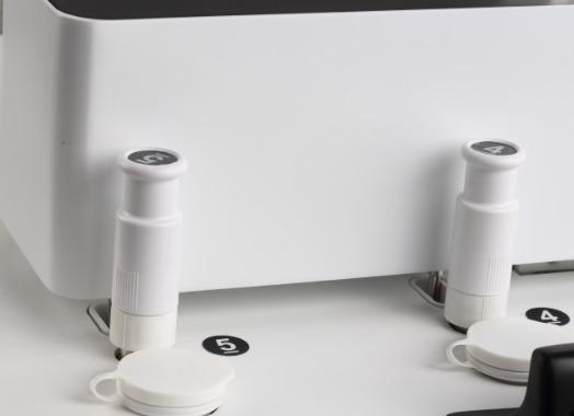 使用溶出仪取样需要采取哪些预防措施?
